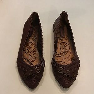 Dollhouse size 8 Brown pointy toe ballet flats